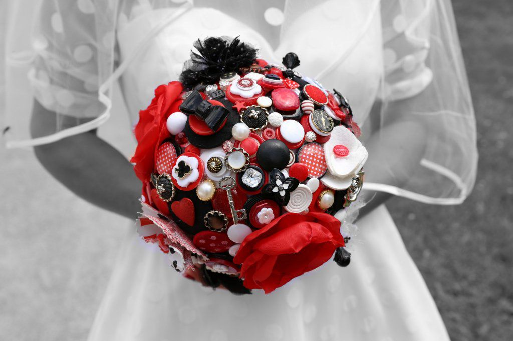 Bouquet de marié rockabilly 